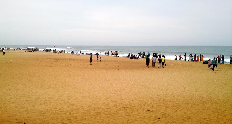 Calangute Beach Goa, India (Location, Activities, Night Life, Images